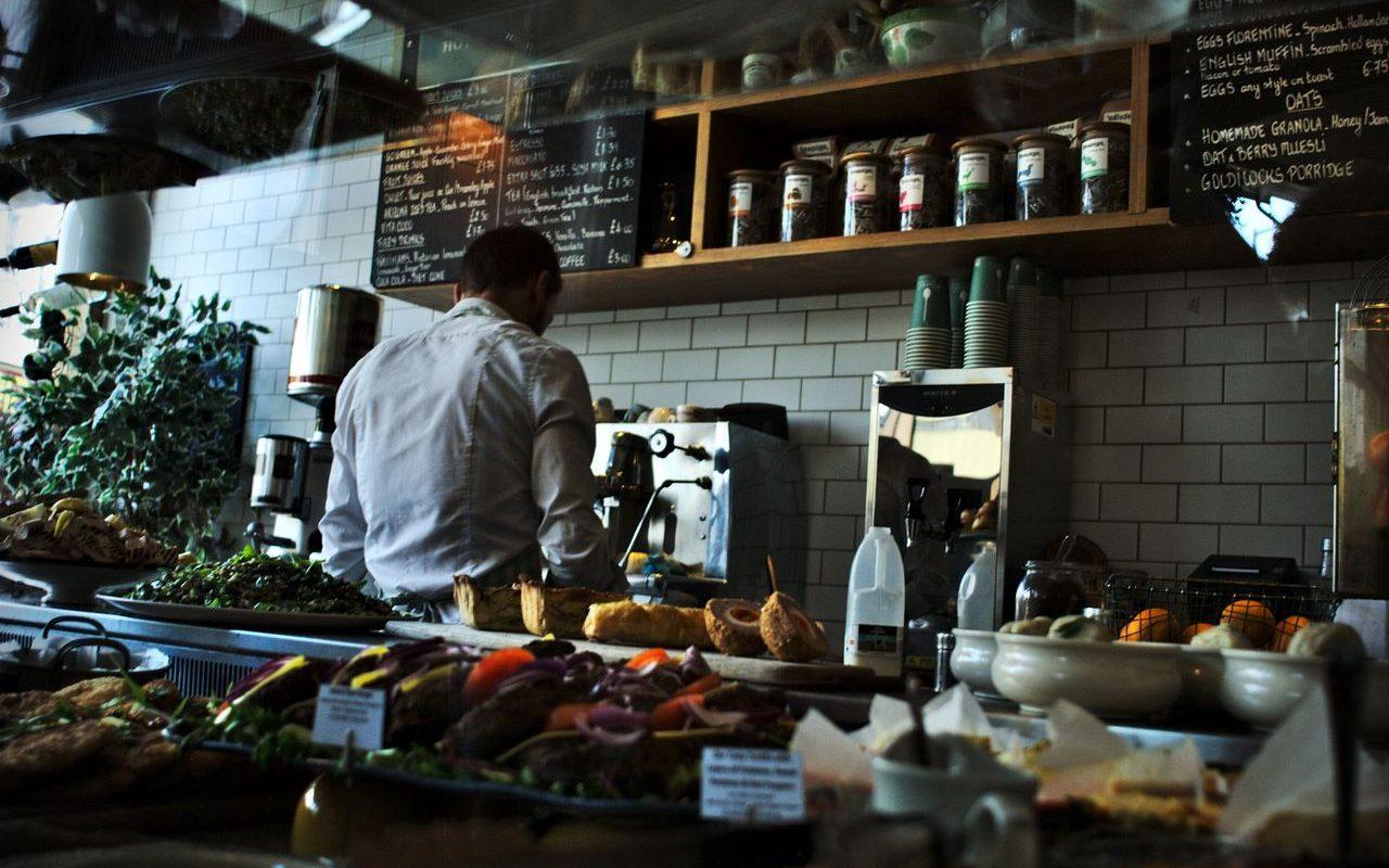 Porvoolaiset ravintolat kaipaavat lisää työntekijöitä