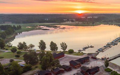 Vattenväxtkontroll i Lovisaviken och Skeppsbrons gästhamn
