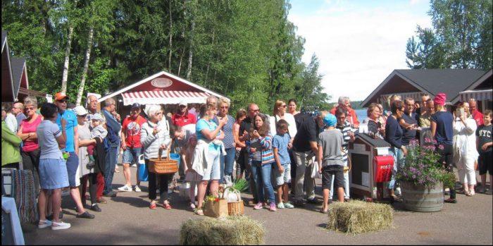 Saaristobussi vie päiväretkelle Pellinkiin heinäkuun jokaisena lauantaina