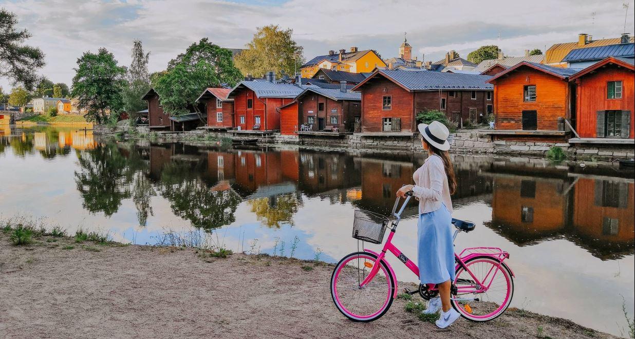 Julia Kivelä: Porvoo, Visit Finland